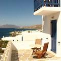 給自家飯店別間陽台拍一張 總算有來渡假的感覺(雅典三星級飯店 感覺像商務旅館)