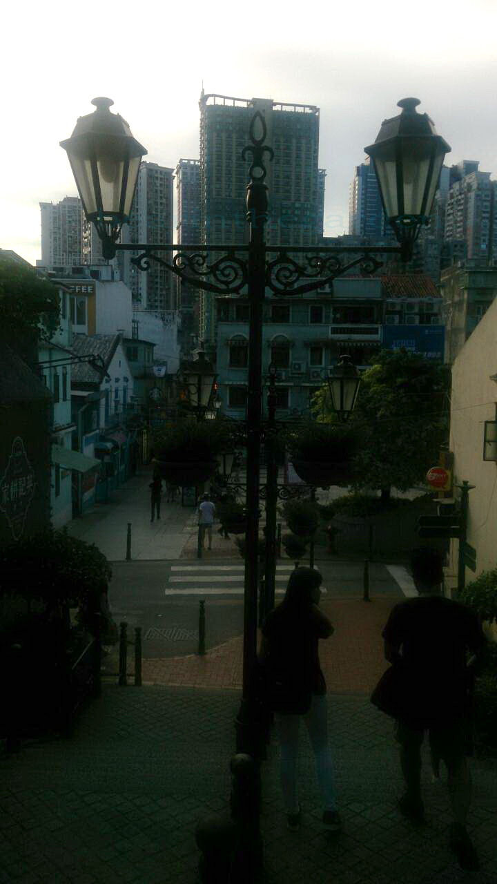 官也街景-1