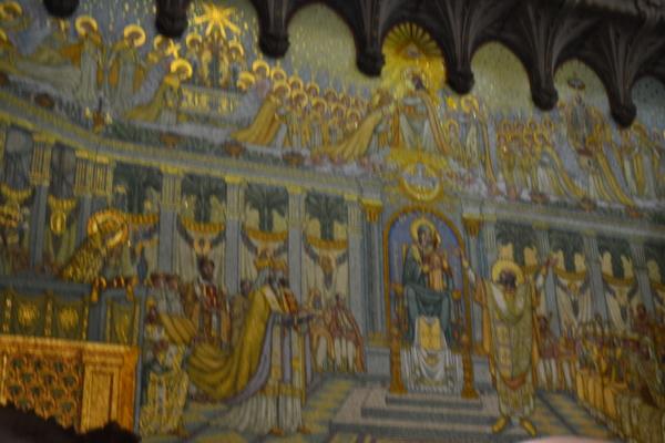 門邊壁畫2