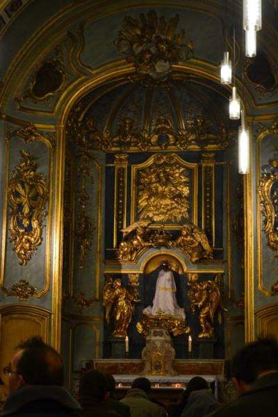聖母堂內部
