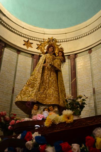 聖母抱子像