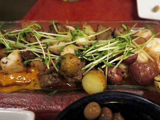 烤章魚配北非牛肉香腸