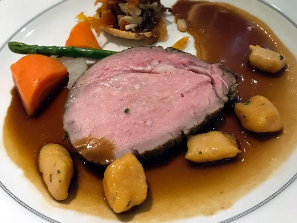 烤犊牛腰肉