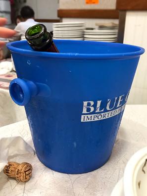 有特色的香檳桶(笑)