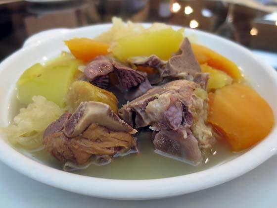 雪耳金瓜(白木耳南瓜)排骨湯