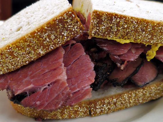 Pastrami & Corned beef Combo Sandwich