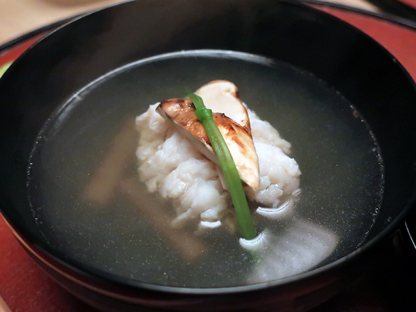 鱧松茸のお椀