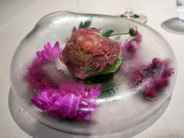 毛蟹肉与酪梨沙拉