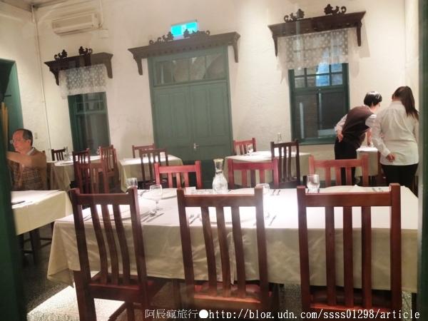 【旅行遊記。台南東區】歐風建築「知事官邸」。日與夜的獨特 ...
