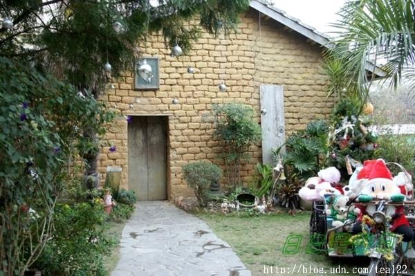 日日是好日庭園餐廳--在八十高齡的土角厝內用餐- 石永芳 ...