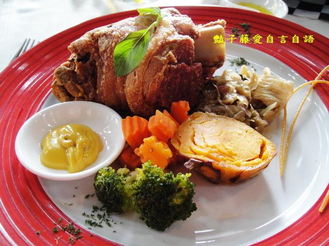 台中異國美食&法義風味人文餐廳。黑磚城堡創意料理德式 ...