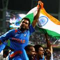 2011.4.2 世界盃決賽印度強棒 Sachin Tendulkar 慶賀二度奪下冠軍盃