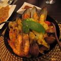 上禮拜和朋友聚餐 選了家在復興南路 名叫酷食多的西班牙餐廳 這是其中一道海鮮燉飯 一個人吃差不多 口味還算不錯