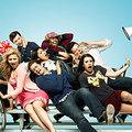 以麥金尼高中的歌舞社團[Glee club]為主,麥金尼其他社團為輔,所有老師、學生大小事的影集。