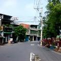 小小的聚落,平靜的街道,可以來這退休。