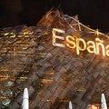 西班牙館佔地6000多平方米,是上海世博會最大的自建館之一,共有3個展廳,採用8524個颜色各不相同的藤條板編織出來的造型。