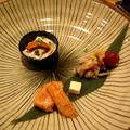 日本豆皮與海膽的聯手表現不俗,明太子甜蝦、醃燻鮭魚的前菜更是喜出望外,最後嚐一口濃郁的奶油乳酪,讓人不禁對接下來的料理產生期待。