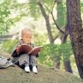 小沙彌看書