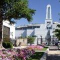 兩次旅遊黃石公園都會途經猶他州的鹽湖城,我們也都繞進去遊覽一番,最負盛名的旅遊勝地是位於鹽湖城中心的教堂廣場,歷史博物館、藝術博物館,以及全市最高的建築 —28 層的摩門教堂辦公大樓。