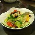 我點的日式生菜沙拉, 清爽又健康哦 !  庭緣義式坊粉絲頁 : http://zh-tw.facebook.com/pages/Taipei-Taiwan/ting-yuan-yi-shi-fang/150323334991178 庭緣的無名小站 http://www.wretch.cc/blog/tingyuanguan