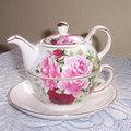 早先買的茶壺 朋友送的紅茶