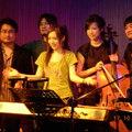 為了琴歌漫舞新專輯..樂團經歷一次次演出..