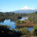 在Lake Mangamahoe看 Mt.Egmont(紐西蘭的富士山)