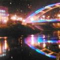景美舊橋經過翻新,美侖美奐,在夜晚發出光芒.