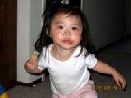 旅美老僑海外新黨人的外孫女Elizabeth Lee2003年8月出生,2005年4月20日拍攝,她正在學她爸爸打太極。