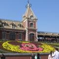 香港迪士尼每日巡遊時間是下午1點及4點,節目會常更換(本圖片為筆者所拍攝)