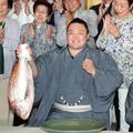 108.5.25 朝乃山慶賀初優勝  .jpg