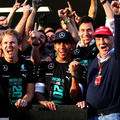 2014 Mercedes f1 車隊 冠軍 Lewis Hamilton 及 Nico Rosberg .jpg