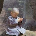 韓國佛教徒有讓小朋友出家學佛法的慣例,以下20 張超萌圖為其在佛寺中生活照片