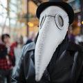 14世紀歐洲治療黑死病的瘟疫醫生戴鳥嘴面罩防疫02