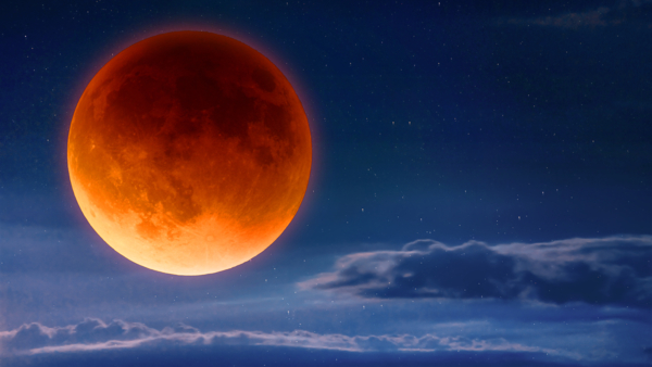2021年「超級血月」再現