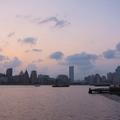 """這是上海浦東新區濱江大道邊的公園, """"江""""當然就是黃浦江........"""