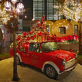 台北市東區耶誕佳節節慶佈置2020XMAS帶來喜慶祝福!