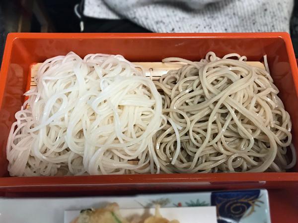 雙色蕎麥乾麵