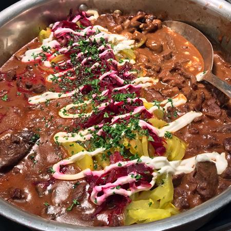 酸奶牛肉(Beef Stroganoff)