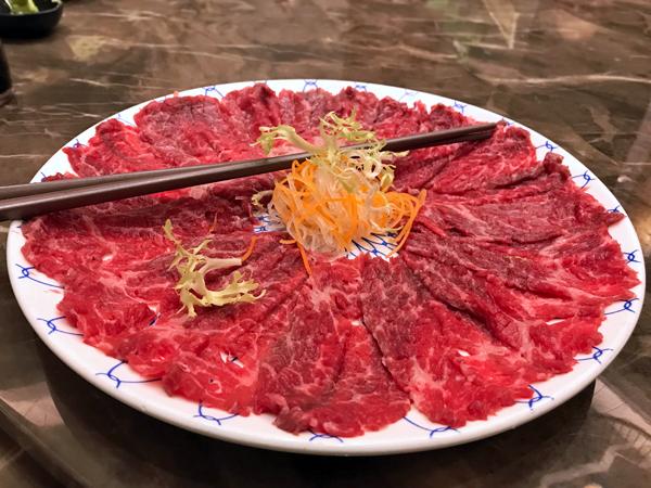 手切本地牛肉