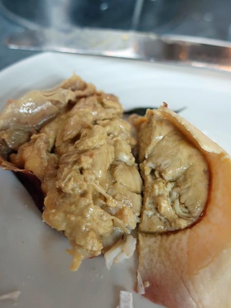 褐肉即是蟹膏(黃)