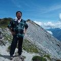 爬山是我多年來持續喜歡的運動,這運動不因年歲增長而淡化,濃濃的思盼更甚於山,我終需要以山當解藥,以解我內心的蠢蠢欲動。